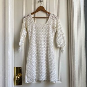 Solitaire White Circle Lace 3/4 Sleeve Dress